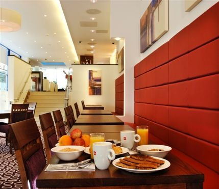 Images for holiday inn express london golders green hotel for Golders green hotel