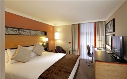 Images For Hilton London Kensington Hotel Deals Londontown Com
