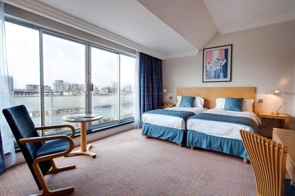 Radisson Blu Portman Hotel London Contact